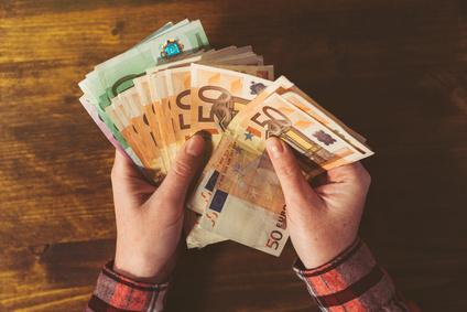 Geld und Gehalt